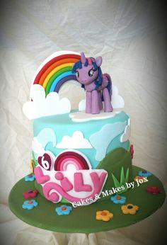 My little pony twilight sparkle birthday cake by Cakes & Makes by Jox - cakesmakesjox My Little Pony Cake, My Little Pony Twilight, Little Cakes, 5th Birthday, Birthday Cakes, Birthday Ideas, Sparkle Cake, Twilight Sparkle, How To Make Cake