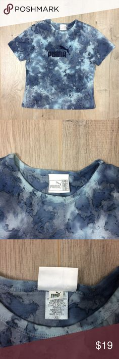 """Puma Top Cropped t shirt women Vintage 90s USA Vintage 90s Puma Top Cropped t shirt women camo Made in USA  Great Pre-Owned Condition Women's Size XL MSRP $100  Approx. measurements while lying flat: chest - 18"""" 46cm length- 22"""" 56cm Puma Tops Tees - Short Sleeve"""
