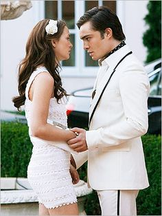 one of my favorite moments.. <3  chuck and blair.  3 words, 8 letters, say it and i'm yours. makes me melt every time #whiteparty #gossipgirl #love