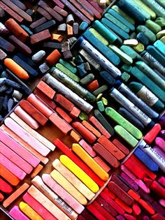 Leave a little art behind on the streets I travel to with chalk art. Artist Aesthetic, My Art Studio, Pastel Art, Pastel Drawing, World Of Color, Art Studios, Rainbow Colors, Color Inspiration, Art Supplies