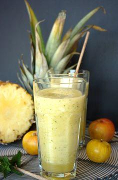 Sumo de ameixa com abacaxi