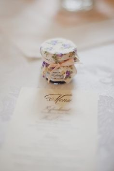 Individual Jelly Jar Wedding Favor | http://www.genevieverenee.com/