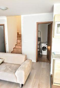 Budapest XXII. kerület Kiadó Lakás 70m2 299.000 Ft Budapest, Oversized Mirror, Furniture, Home Decor, Homemade Home Decor, Home Furnishings, Interior Design, Home Interiors, Decoration Home