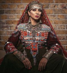Design by Afghan Kuchi Dress Source by farimarasoli dresses afghani clothes Traditional Fashion, Traditional Outfits, Cute Fashion, Boho Fashion, Fashion Dresses, Afghani Clothes, Afghan Wedding, Afghan Girl, Culture Clothing
