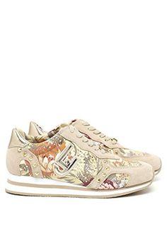 Sneaker donna Liu-Jo S16001 Marguerite beige/naturale P/E 2016 (38) in OFFERTA su www.kellieshop.com Scarpe, borse, accessori, intimo, gioielli e molto altro.. scopri migliaia di articoli firmati con prezzi in SALDO #kellieshop Seguici su Facebook > https://www.facebook.com/pages/Kellie-Shop/332713936876989