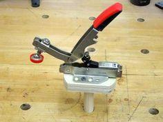 Bessey Auto-Adjust Toggle Clamps | Tool Review Kniehebelspanner auf der Werkbank nutzen 20mm Loch