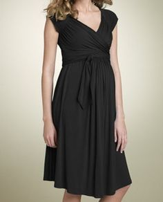 First to admit I will not be spending $118 for this nordstrom maternity dress but it looks very flattering
