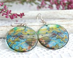 Resin jewellery handmade in Switzerland from eco epoxy by OlaliHandmade Handmade Jewelry, Unique Jewelry, Handmade Gifts, Resin Jewellery, Semi Transparent, Drop Earrings, Trending Outfits, Nature, Flowers