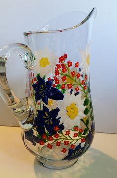 Hand Painted Alpine Flower Water Pitcher Large por PritzDesigns