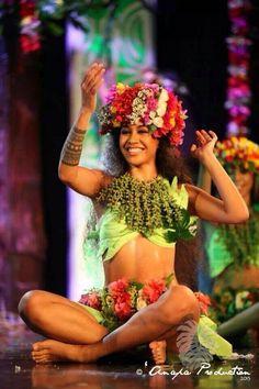 Floral haku & hip belt - Tahitian Dancer's Costume