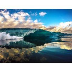 Photo taken by Jeff Davis surfline - INK361