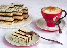 Paríž-kokos-karamelový zákusok. Czech Recipes, Russian Recipes, Baked Goods, Tiramisu, Waffles, Dessert Recipes, Cupcakes, Cooking, Breakfast