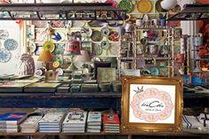 Bine ati venit lumea mea magica... http://bechic-mihaelacuceu.blogspot.ro/p/atelierul-de-creatie.html