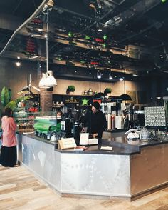 Finally good coffee has come to the South Bay.  I happened to be working nearby today and did a search for coffee as I didn't want bog standard chain-style coffee. (Don't worry guys I don't know a lot about coffee but I do know what I like. And with what I like I especially like a cool shop with aesthetically pleasing ambiance so I can Instagram it of course. ) I was surprised when this lil place popped up as I've previously done searches in the area that really only yield Starbucks or…