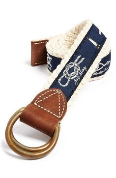 Knot and lighthouse reversible belt.