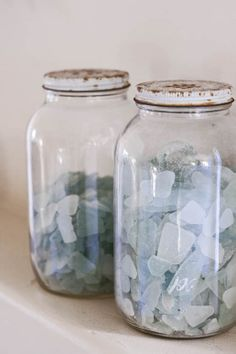 CouldIHaveThat: Bits and Tips: Objects of Meaning.   Love the sea glass, love the rusty jar caps more!