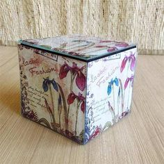 A glass box with a pretty floral pattern will add charm to any dressing table or a coffee table setting. Keep your jewellery or any other precious essentials in this box. -www.cooliyo.com