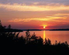 Onko myytti Suomen valkeista kesäöistä todella totta?  #Matkailu  #Kesä  #Suomi