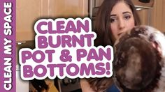 Use Bar Keeper's Friend to Clean the Bottom of a Pots and Pans Clean Burnt Pots, Clean Pots, Clean Life, Me Clean, Diy Cleaners, Cleaners Homemade, Cleaning Solutions, Cleaning Hacks, Cleaning Recipes