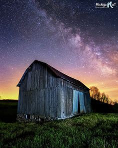 Milky Way sunrise over an old barn in Michigan   photo by John McCormick