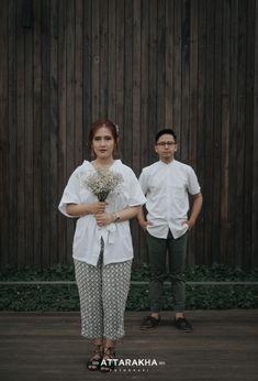 Pre Wedding Poses, Pre Wedding Shoot Ideas, Pre Wedding Photoshoot, Wedding Photography Poses, Couple Photography, Post Wedding, Wedding Day, Prewedding Outdoor, Foto Pose