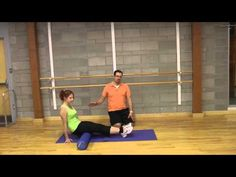 Check out these two foam rolling exercises for the gluteus maximus!