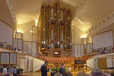 Wooddale Church in Eden Prairie, MN  Visser-Rowland V/114 pipe organ         This was our church when we lived here. Loved it!
