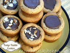 Mommy's Kitchen - Old Fashioned & Southern Style Cooking: Fudge Puddles aka Puddles of Yum.