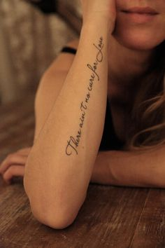 Elegant Life Tattoo Quotes On Forearm Remember Who You Are And