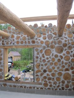The Cordwood on Pinewood: September 2010 Source by [post_tags Natural Building, Green Building, Building A House, Cabins In The Woods, House In The Woods, Cabin Homes, Log Homes, Casas Cordwood, Cordwood Homes