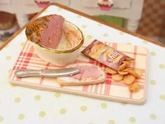 Bitty Paté | 30 Itty-Bitty Foods That Look Good Enough To Eat