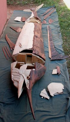 5 meter Marlin sleeperwood sculpture by Tony Fredriksson, openskywoodart.com