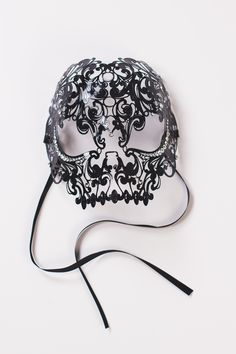 I thought this was cool because it relates to our project well. The mask could represent a fear of death or something related to that. I wonder if that is the creators purpose?!
