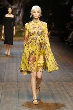 Dolce & Gabbana Women Fashion Show Gallery – Fall Winter 2014 ...   Oxiflare