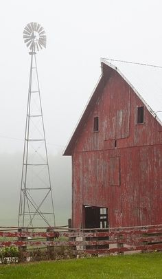 Old barn and windmill outside Mt. Morris, IL husband loves old red barn pics Country Barns, Country Life, Country Living, Country Roads, Country Charm, Farm Barn, Old Farm, Cabana, Barn Photography