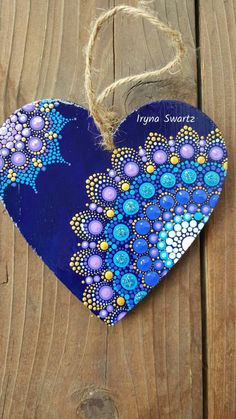 Wood Painted Heart, Acrylic Painted Shapes, Valentine Present . Wood painted heart, acrylic painted shapes, Valentine present wooden shapes to paint - Wood Crafts Simple Acrylic Paintings, Dot Art Painting, Mandala Painting, Painting Patterns, Stone Painting, Painting On Wood, Heart Painting, Mandala Painted Rocks, Mandala Rocks