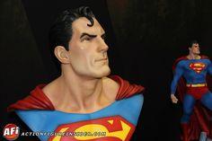 Action Figure Insider Galleries: Superman bust