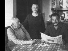 """""""Maman, Papa"""" par Georges Brassens et Patachou.    à relier avec le catalogue des parents http://www.youtube.com/watch?feature=player_detailpage=4phwUzKZw_8"""
