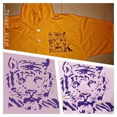 #14 #Tiger Art using ballpens.✒ P.S:the one on the left is edited. #bored#ballpen#shirt#decal#tatoos  #johnnys_artbook #art_4share #artstalentz #artforshoutout #young_artist_help #artoftheday