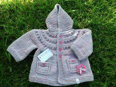 Coat made by Paula Borges de Sousa, with Baby Dot yarn/Casaco feito por Paula Borges de Sousa, com o fio Baby Dot