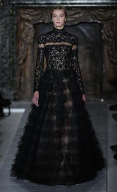 VALENTINO    With so much workmanship to swoon over, Maria Grazia Chiuri and Pierpaolo Piccioli have crafted a gown that is perfect for a sultry princess.