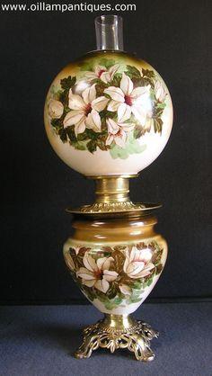 Original, matching antique parlor lamp in rare color tonings. Circa 1920s