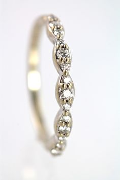 14k White Gold & Genuine Diamond Stacking Band Ring Size 7