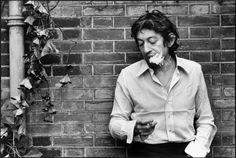 Serge Gainsbourg by Tony Frank, Paris, 1970 Serge Gainsbourg, Gainsbourg Birkin, Tony Frank, Michel Polnareff, Exposition Photo, Running Photos, Photo Star, Francoise Hardy, Jane Birkin