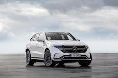 Mercedes-Benz has unveiled its first-ever fully electric SUV, the EQC. The car is the first to be launched under Mercedes-Benz's EQ brand. Mercedes G Wagon, Mercedes Maybach, Mercedes Electric Car, New Mercedes, Electric Cars, Electric Vehicle, Audi Q4, Jaguar, Exotic Cars
