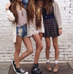 When I get older I wanna work at brandy melville and possibly become a brandy model..♡