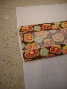 Burp Cloths great tutorial for DIY!