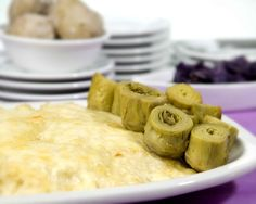Sorprende en el #DíaDeLaMadre con este delicioso risotto de queso de tetilla gratinado y alcachofas #LaBuenaMesa