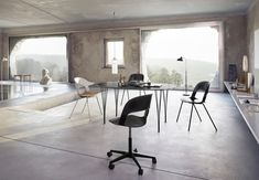 Pair-star-chair-layer-fritz-hansen-1