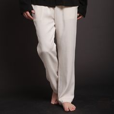 I love white linen pants. One of my all-time favorite looks is a white linen shirt with the top four or so buttons undone, white linen pants, leather flip flops. Super sexy.